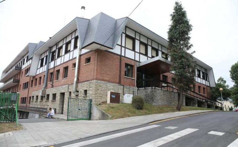 El equipo de gobierno de Getxo (PNV, PSOE) se queda solo apoyando los recortes en la Residencia Municipal
